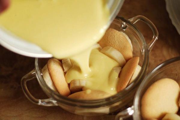 Попробуй сделать этот банановый пудинг. И все будут в восторге от твоих кулинарных способностей!